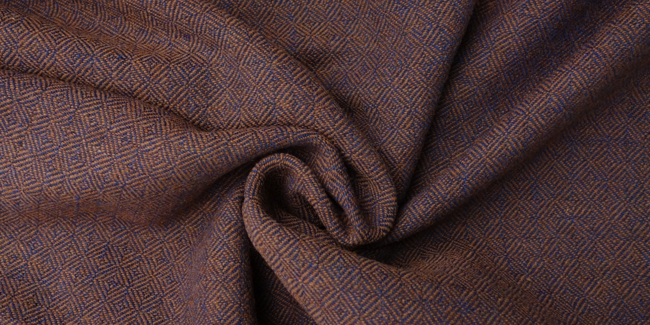 New woolen fabrics for April